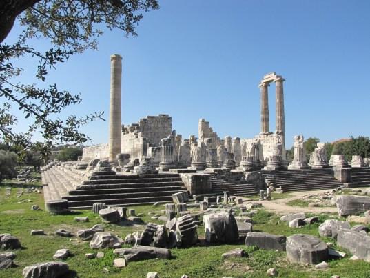 didyma_temple_turkey_apollo-538114