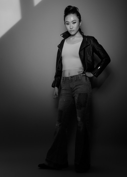 black-and-white-white-leather-photography-standing-portrait-445342-pxhere.com