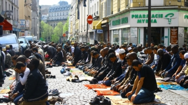 prieres_de_rue_islam_paris.jpg