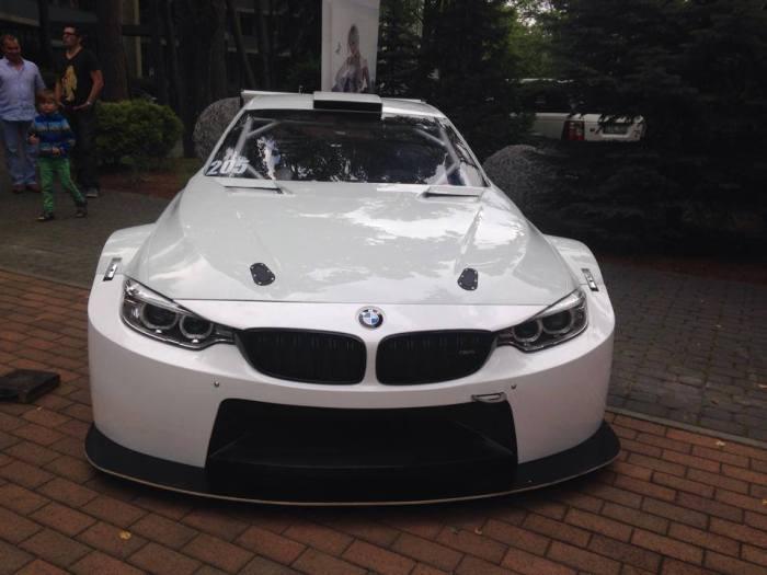 Syntix JR Motorsport BMW M4 Silhouette bodywork front - Syntix Innovative Lubricants