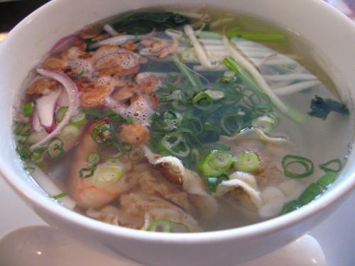 ベトナム料理・XUAN(スアン) フォーセット 海鮮フォー