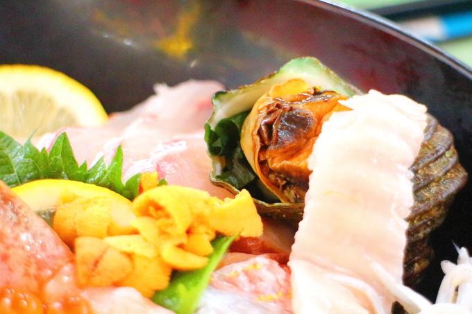 どーや食堂・特選海鮮どーや丼12