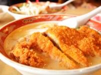 自由軒 越知町本店の味噌カツラーメン