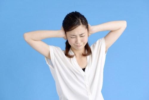 耳鳴りの原因と治療法は?頭痛・めまいとの関係性は?