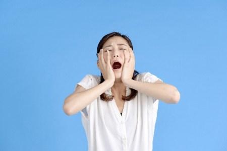 顎関節症の症状【痛み・耳・鼻・熱・腫れ・めまい?】と原因