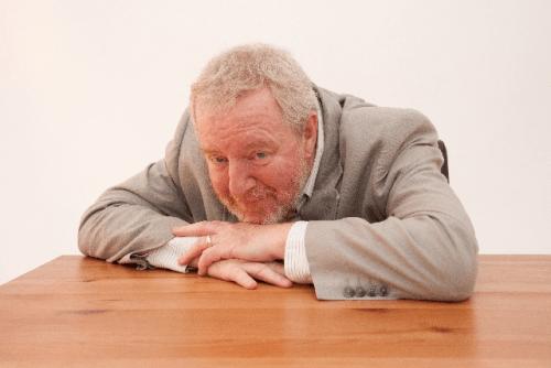 倦怠感と微熱に腰痛・空咳・眠気・頻脈・頭痛などを伴う原因