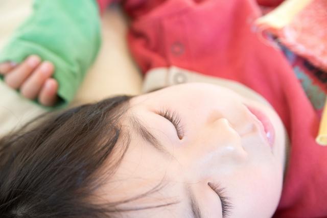 成長ホルモンと睡眠や筋トレの関係は?身長やダイエットにも影響?