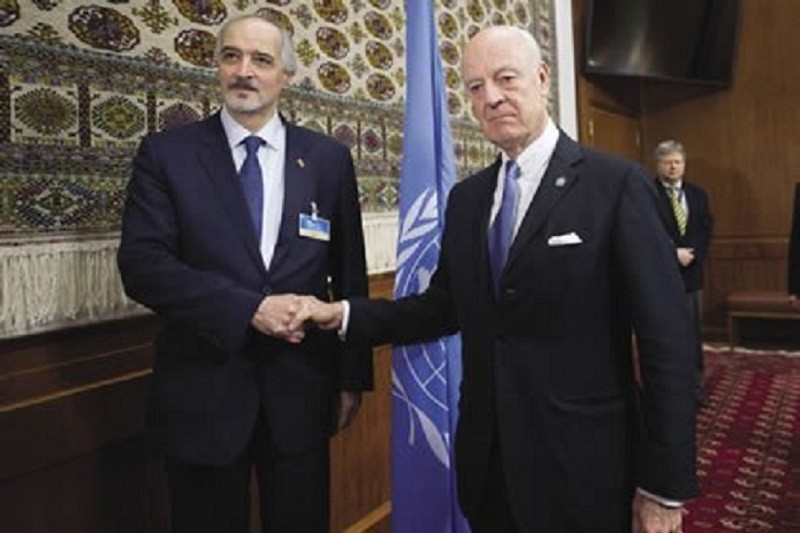 Ambassador Jaafari (left) with UN Special Envoy to Syria Staffan de Mistura