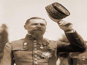 الجنرال هنري غورو