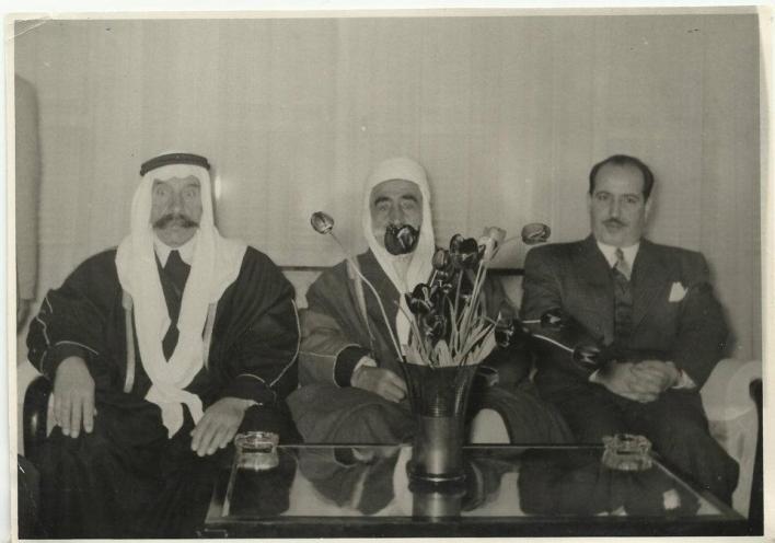 علي بوظو وزير الداخلية السوري مع سلطان الاطرش 1954