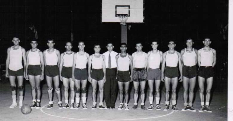 المنتخب السوري بكرة السلة المشارك في دورة ألعاب البحر الأبيض المتوسط في برشلونة 1955