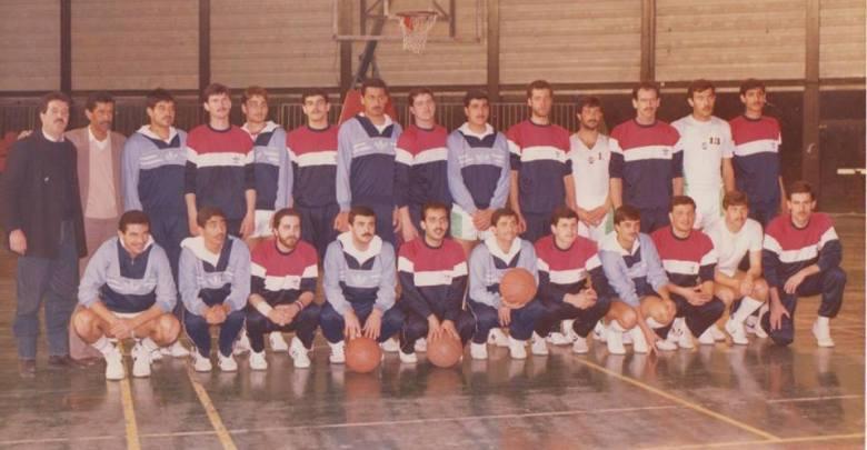 الفريقان الوحدة السوري والأهلي الأردني عام 1986