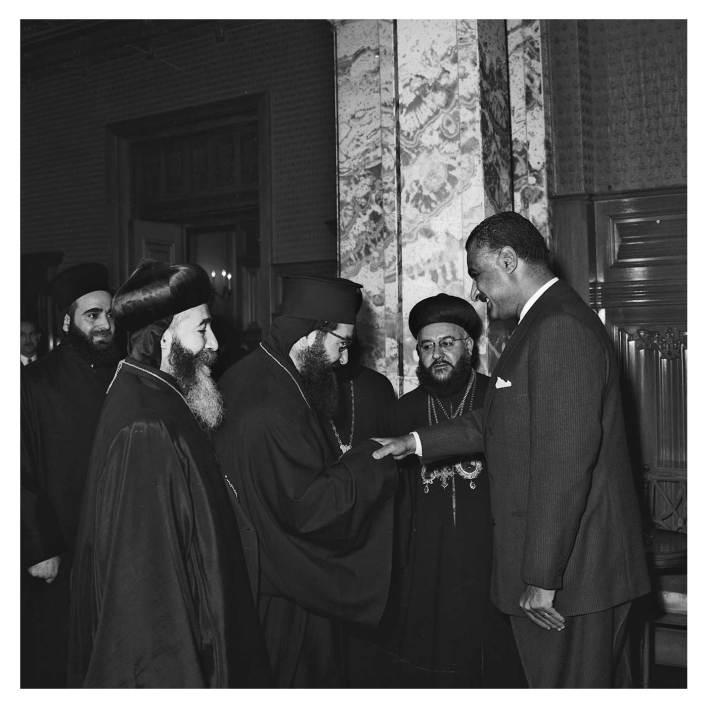جمال عبد الناصر يستقبل بطريرك السريان الأرثوذكس عام 1959