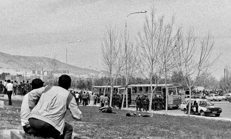 إيقاف الحافلات التي كانت تنقل الأكراد في دمشق للإحتفال بعيد النيروز عام 1986