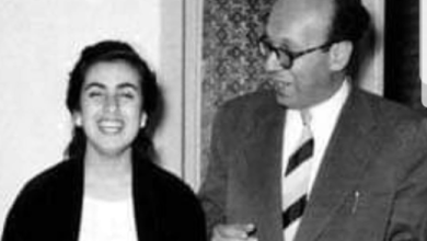 عبد الغني العطري مع الفنانة نجاة الصغيرة عام 1958