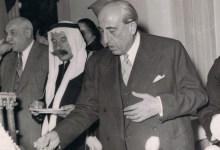 شكري القوتلي و عن يمينه سلطان الأطرش ومحمد العايش عام 1958م
