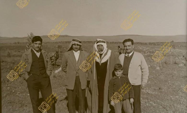 سلطان باشا الأطرش يشرف على حراثة ارضه