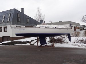 Rumpf und Unterwasserschiff fast wie neu