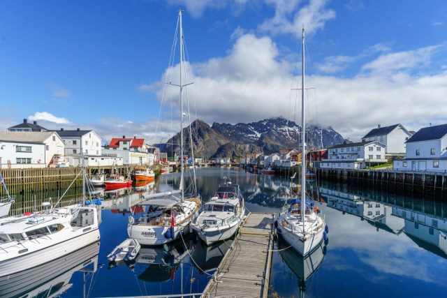 Ruby Tuesday in Henningsvaer