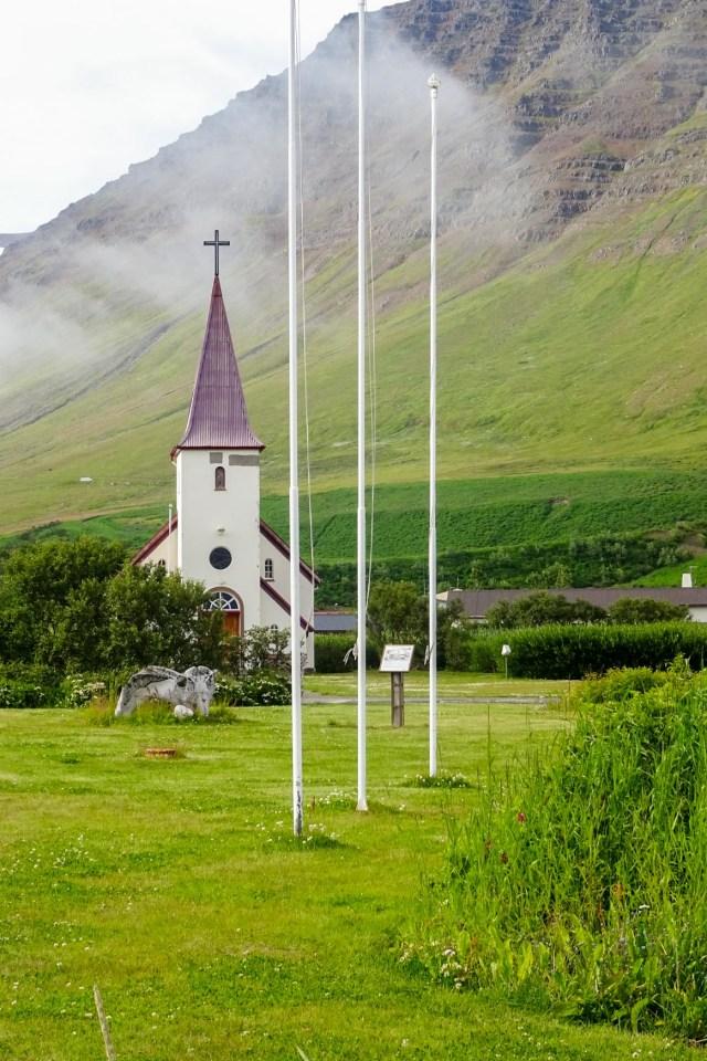 Kirche von Flateyri