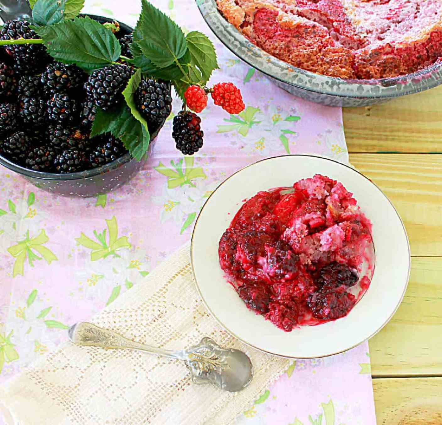 Blackberry Cobbler #southernfood #southern #blackberry #cobbler
