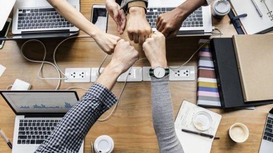 Friendz: i brand raccontati dalle persone comuni