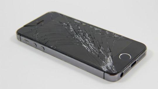 Come coprire lo schermo rotto dello smartphone