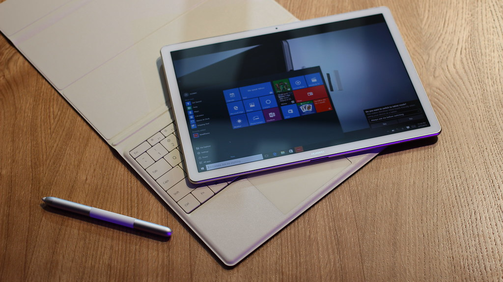 I tablet con tastiera in vendita su Amazon