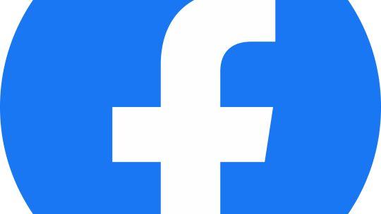 Come pubblicare una foto sulla bacheca di un amico Facebook