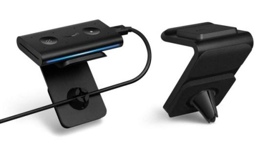 Amazon Echo Auto porta Alexa in auto con te