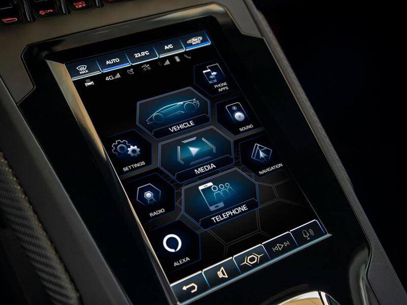 La Lamborghini Huracán è l'automobile più connessa a internet di sempre