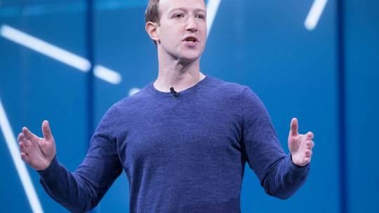 """""""TikTok ti spiezzo in due"""", Facebook stanzia 1 miliardo di dollari per i Creator"""