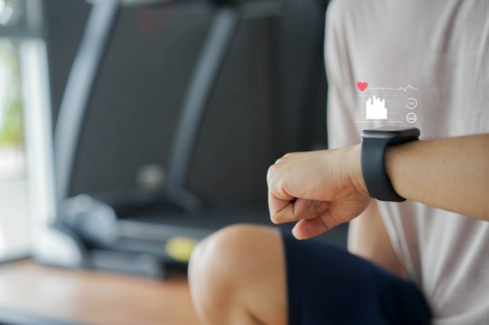 Como usar um monitor de frequência cardíaca de pulso