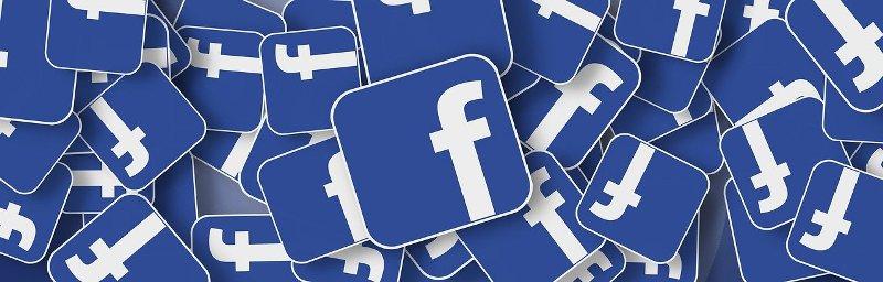 Como gerenciar selos em um Grupo do Facebook?