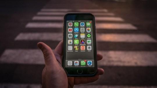 Trois meilleures applications d'auto-défense pour la sécurité personnelle lorsque vous marchez la nuit