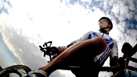 ¿Cómo volver al ciclismo después de un tiempo sin usar la bicicleta? Elige el equipo adecuado para ti