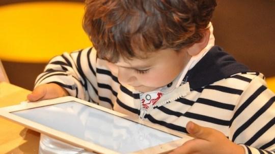 Cómo mantener a tus hijos protegidos de los peligros en Internet