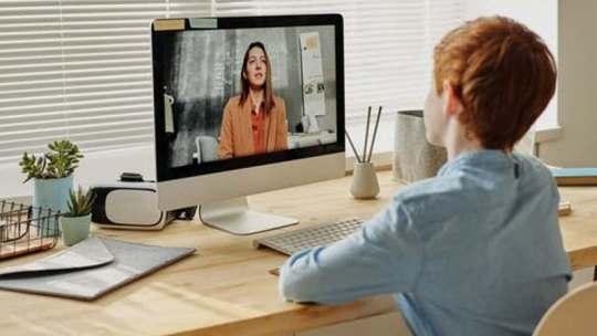 Cómo educar a tus hijos en casa: los mejores cursos online para niños