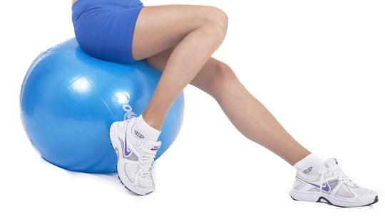Cómo realizar los mejores ejercicios para piernas en casa