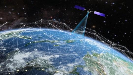 ¿Qué son los satélites artificiales y cómo ayudan a la humanidad?