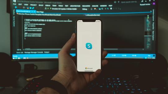 Cómo eliminar mensajes de Skype desde tu computadora y tu teléfono