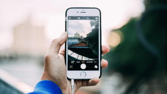 Cómo añadir la fecha y la hora de las fotos en el iPhone