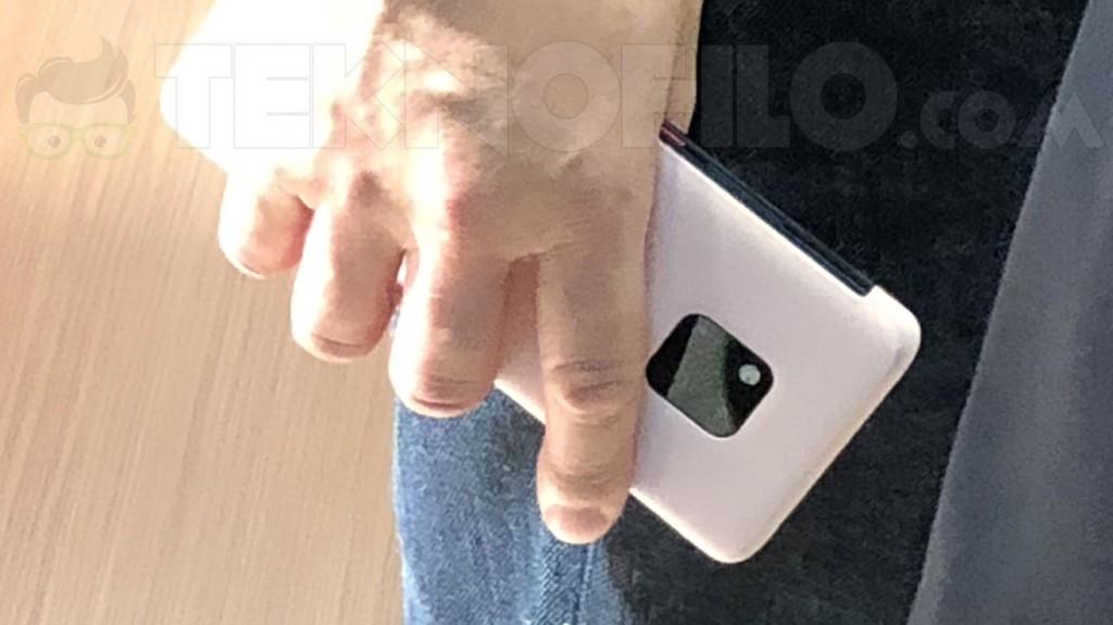 00000 - أول صور يتم رصدها لجوال Huawei Mate 20 في معرض IFA 2018