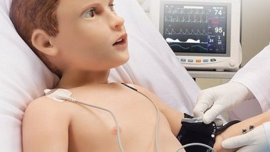 654 3 634x330 - بالفيديو: باحثون يبتكرون روبوت جديد يحاكي طفلًا بعمر 5 سنوات ويبكي وينزف ويشعر
