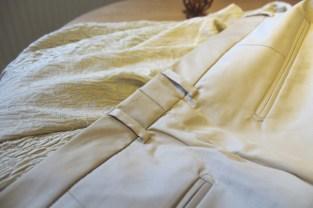Sy fast fra rettsiden i den eksisterende linningsøm