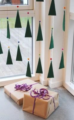 Gavene kan uten problem legges under juletreet