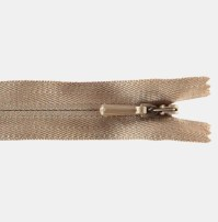 Usynlig glidelås er veldig pent, praktisk og ikke minst enkelt å sy i
