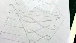 Har tegnet et skisse ut i fra hva jeg kunne se på Suzy´s originale quilt - ser jo ikke sååå vanskelig ut