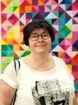 Karina er en sprudlenede kvinne som har laget årets treffplakat.