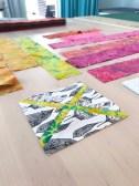 Det er ikke så lett å velge stoff og fargekombinasjoner - alt jeg kan si er at det lønner seg å pushe grensene...